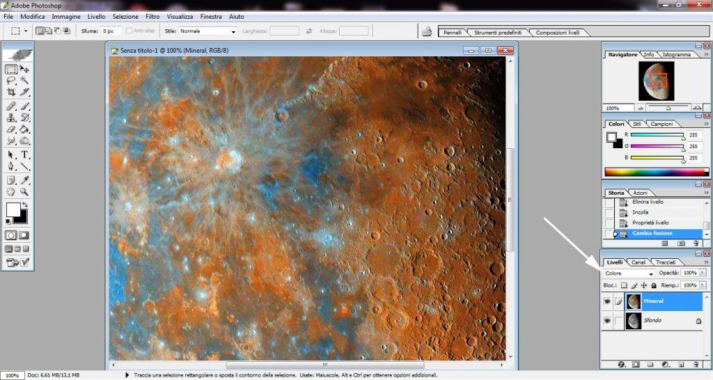 """Sovrapponendo il file di crominanza a quello di luminanza e unendo con il metodo """"colore"""" ecco che la magia è completa: una foto che mostra i dettagli e i veri colori della Luna!"""